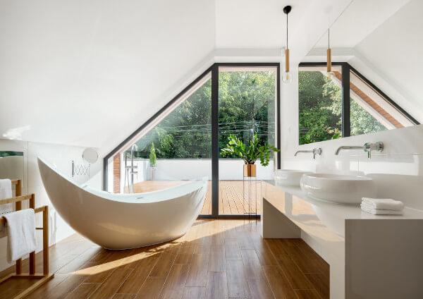 Luxury Bathroom Ideas: Art Around The World